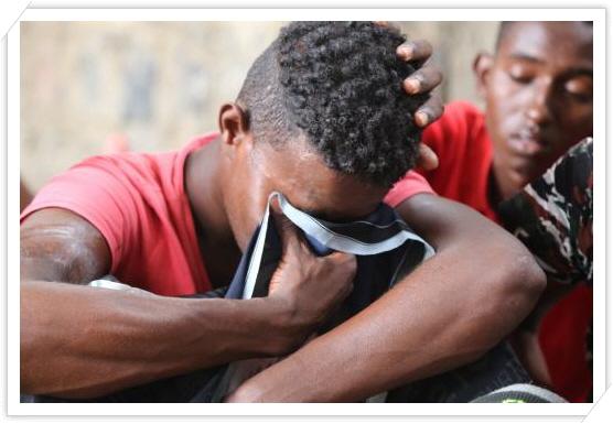 꾸미기_2-3 예멘 해역서 실종된 50여명이 넘는 사람들(로이터, ABDUJABBAR ZEYAD).jpg