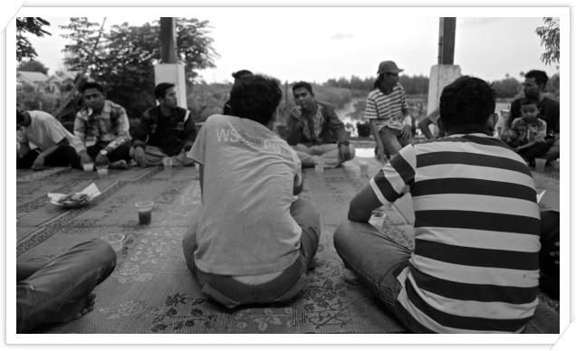 꾸미기_109. 캠프 참가자들과 함께한 부까 푸아사.jpg