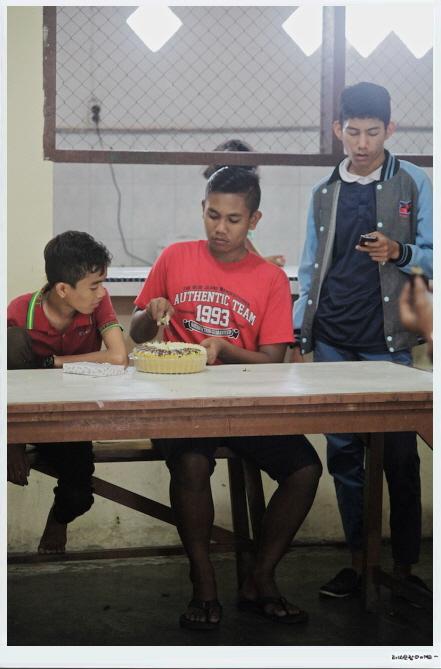 꾸미기_Aceh-20150329-빤띠아수안생일파티.jpg