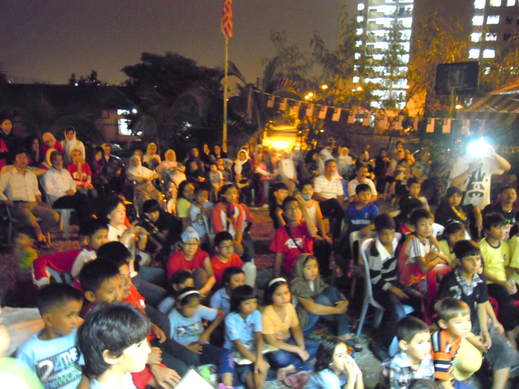 1010 - 04.Peace Festival.jpg