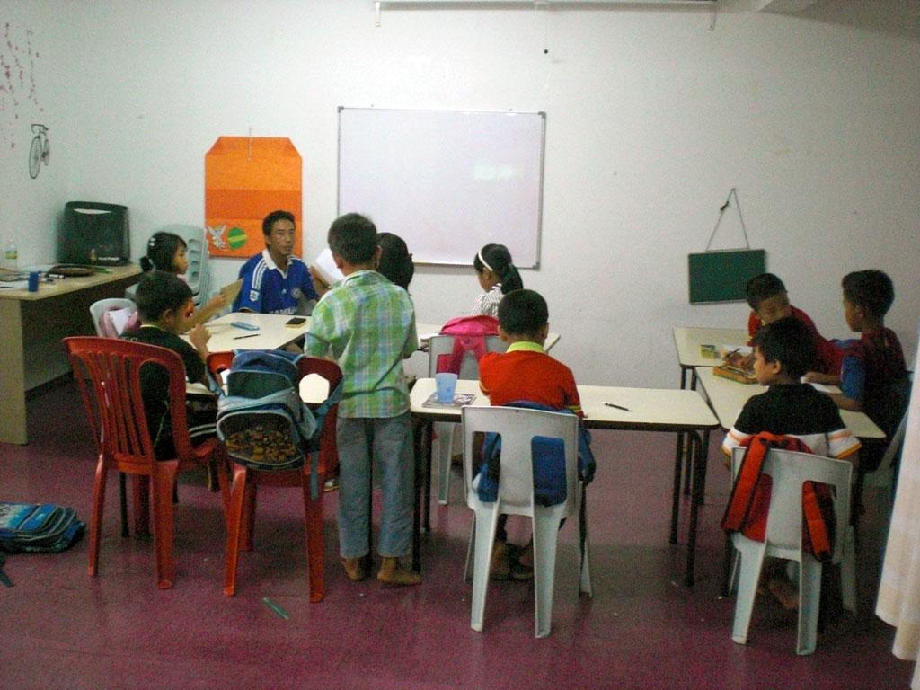 2.Myanmar-School-visit2.jpg
