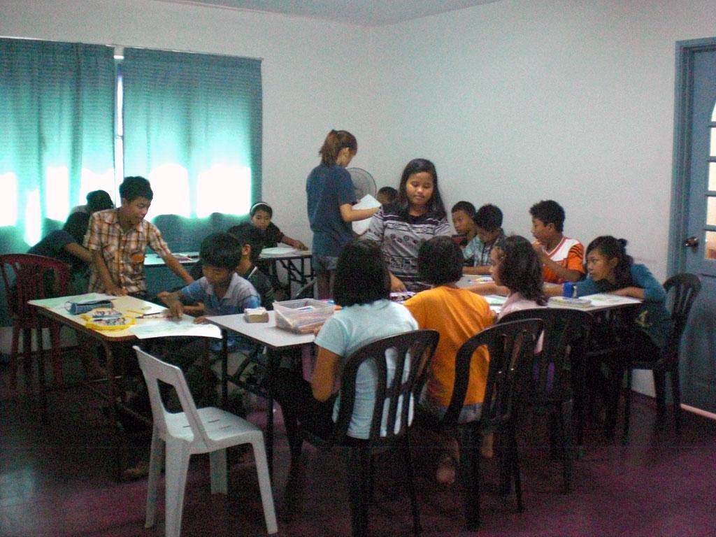 1.Myanmar-School-visit1.jpg