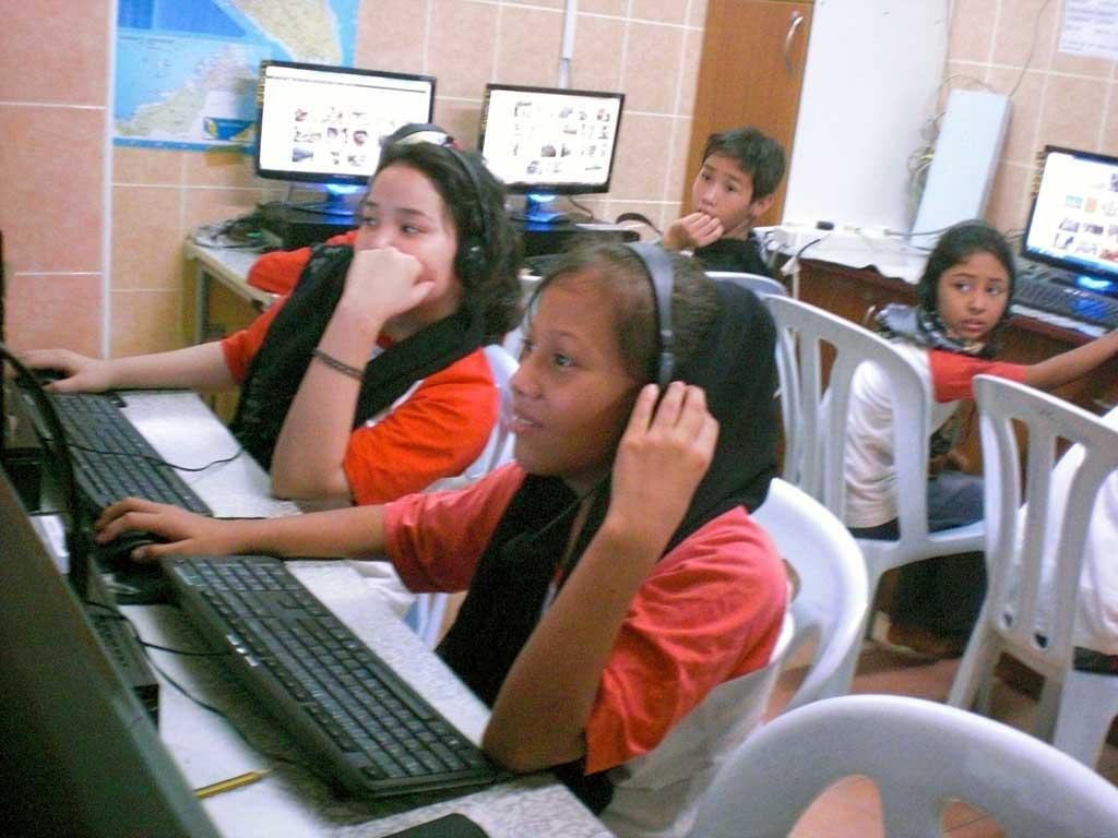 2.Computer class.jpg